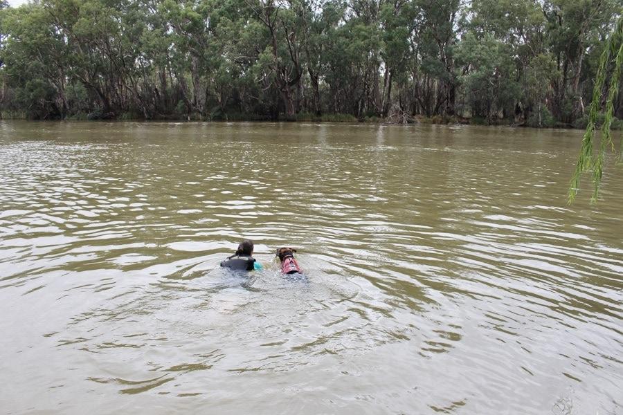 Kate and Jen swimming